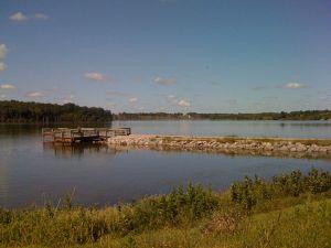 1280px-Lake-Sugema